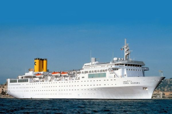 The Aviationist Costa Cruise Ship Adrift In Worlds Most - Cruise ships from india