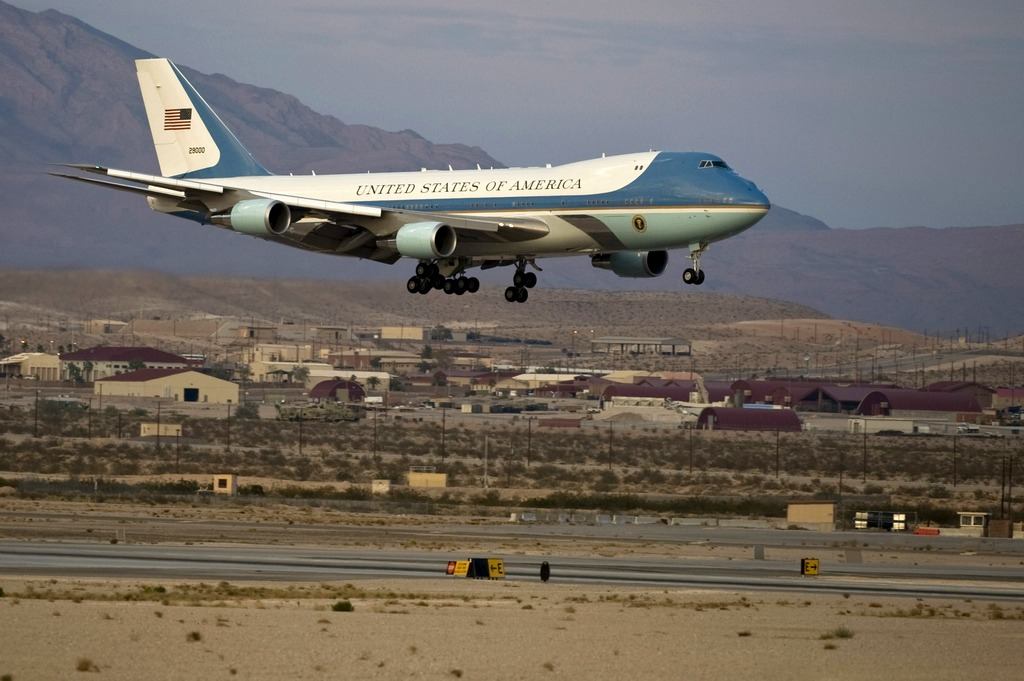 An Unusual Visitor At Nellis Air Force Base Obama S Air Force One World S Most Heavily Defended Plane