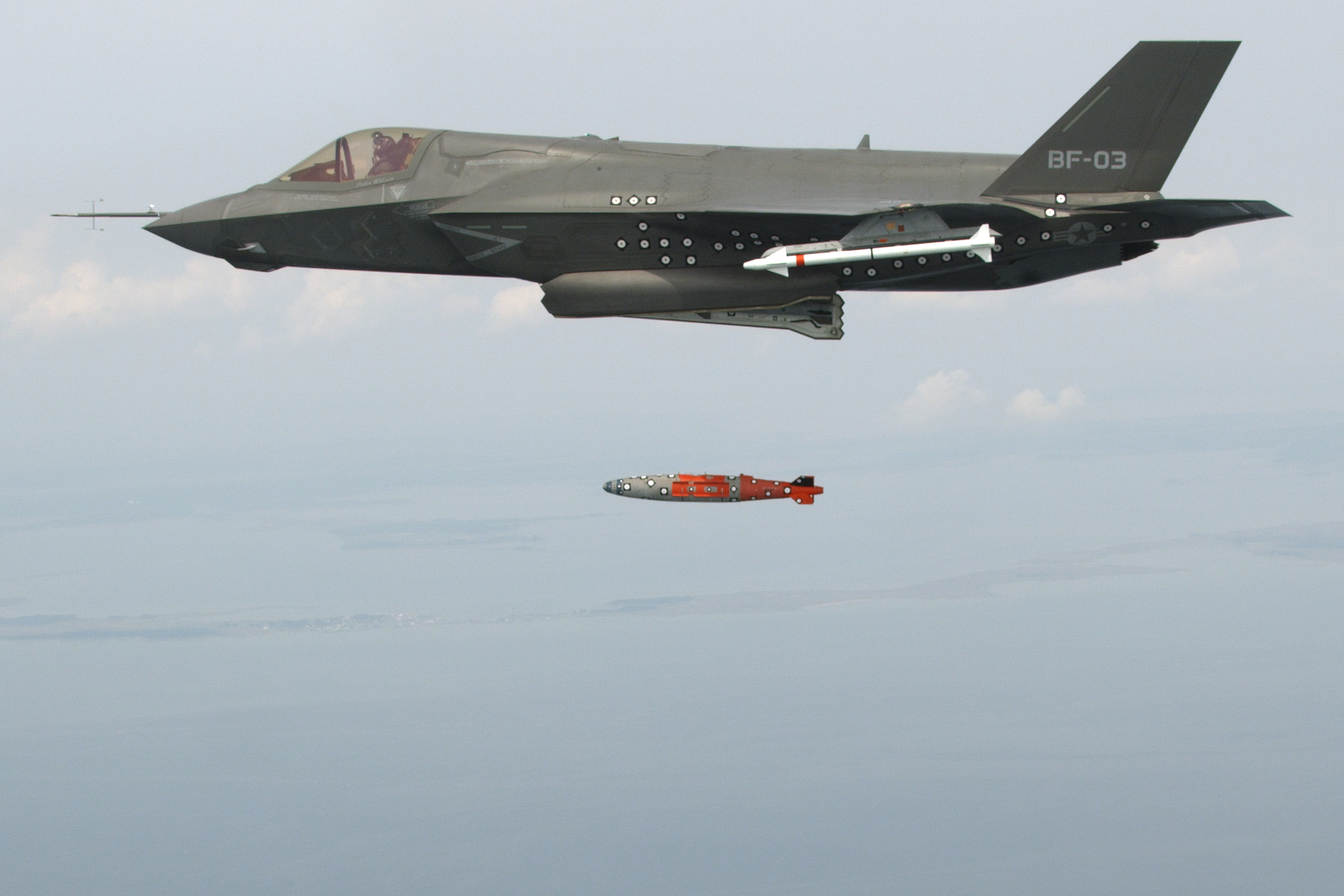 The Aviationist » Photo: F-35 Completes first airborne ...