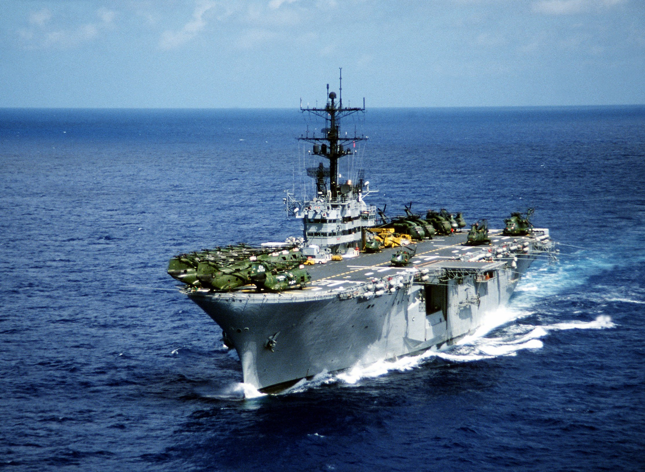4 rotor osprey with Uss Iwo Jima on Uss Iwo Jima also Military transport plane additionally Technical Sem V22 further Marines Say Future High End Fight furthermore Viewtopic.