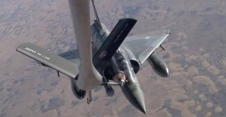 Mirage 2000 refuel