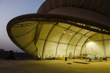 Harfang hangar