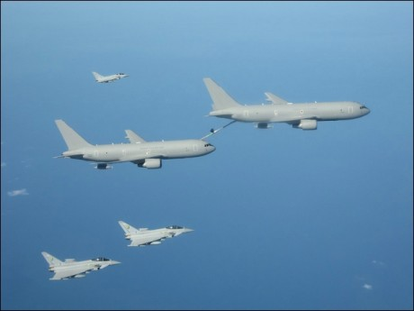 KC-767 buddy refueling