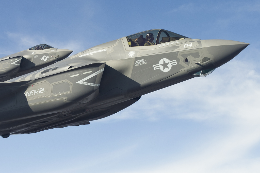 F 35 Lightning as well Cool Desktop Backgrounds F 35 in addition F 35 Lightning besides F 35 Fighter Jet further F 35 Cockpit. on 35 news