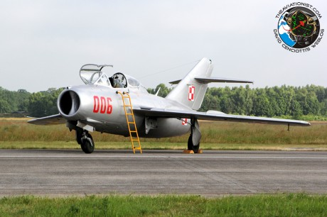 006. MiG-15UTI