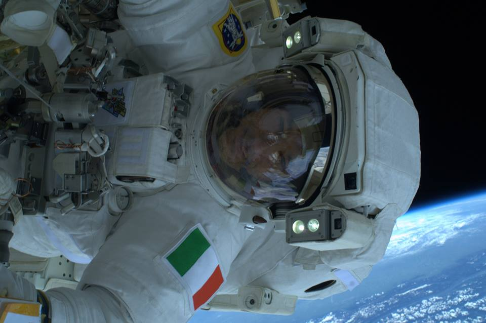 "The Aviationist » Italian Astronaut takes ""out-of-the ..."
