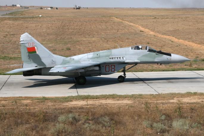 Belarus_Air_Force_Mikoyan-Gurevich_MiG-29_(9-13)_Pichugin-1
