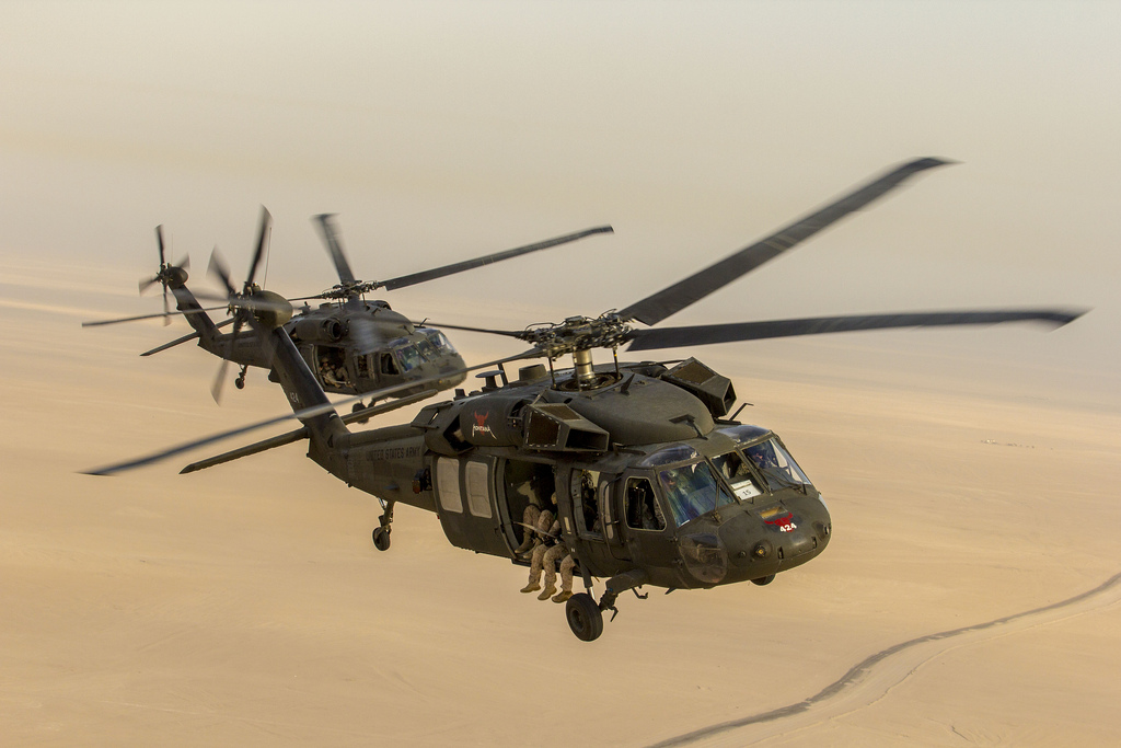 us marines helicopter with Uh 60 Black Hawk on Uh 60 Black Hawk together with Appreciation Contract Well  pleted also Oh58d kiowa warrior images besides Sikorsky CH 37 Mojave likewise 20080825115616.