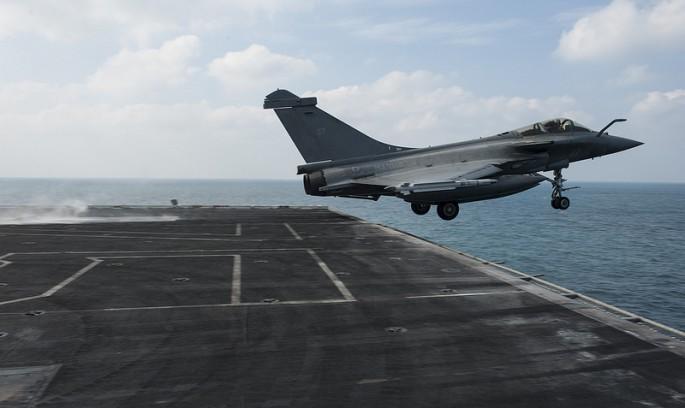 Rafale y Super Hornet intercambian portaviones en ejercicios Rafale-truman-1-685x408