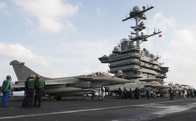 Rafale y Super Hornet intercambian portaviones en ejercicios Rafale-truman-2-685x422