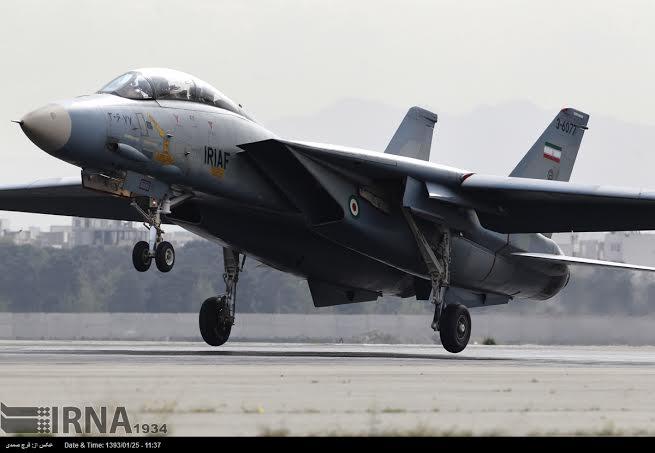 F-14 takeoff
