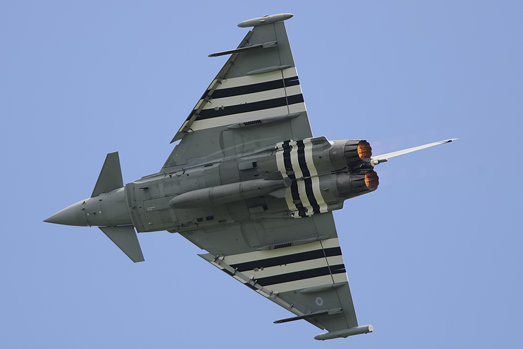 The Aviationist 187 Typhoon With D Day Invasion Stripes