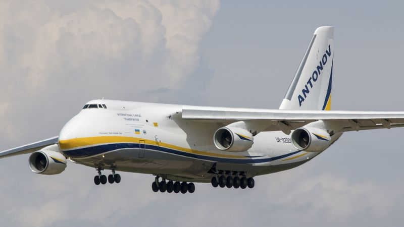 number of helicopters in the world with Antonov 124 El Centro on Strange Aircraft besides 30 Futuristic Navy Ships also Antonov 124 El Centro likewise Sound And City How Noise Pollution Threatens Urban Life additionally Montanaclassbattleship.