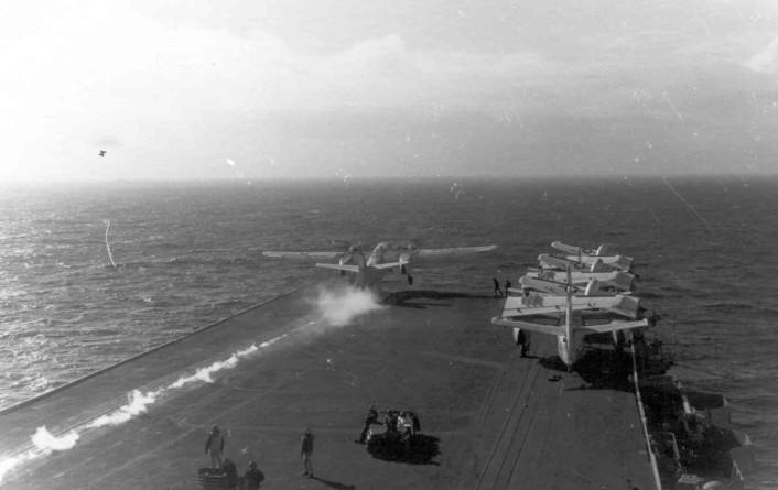 S-2G cat shot VS-27 USS Intrepid 1972