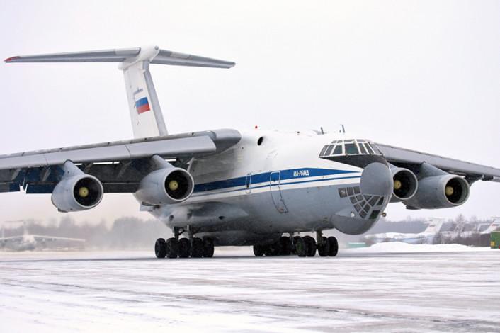 Il-76 taxi