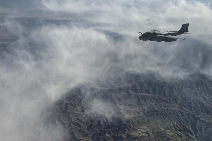 Grumman A-6 Intruder y EA-6B Prowler Prowler-over-Afghanistan-706x470