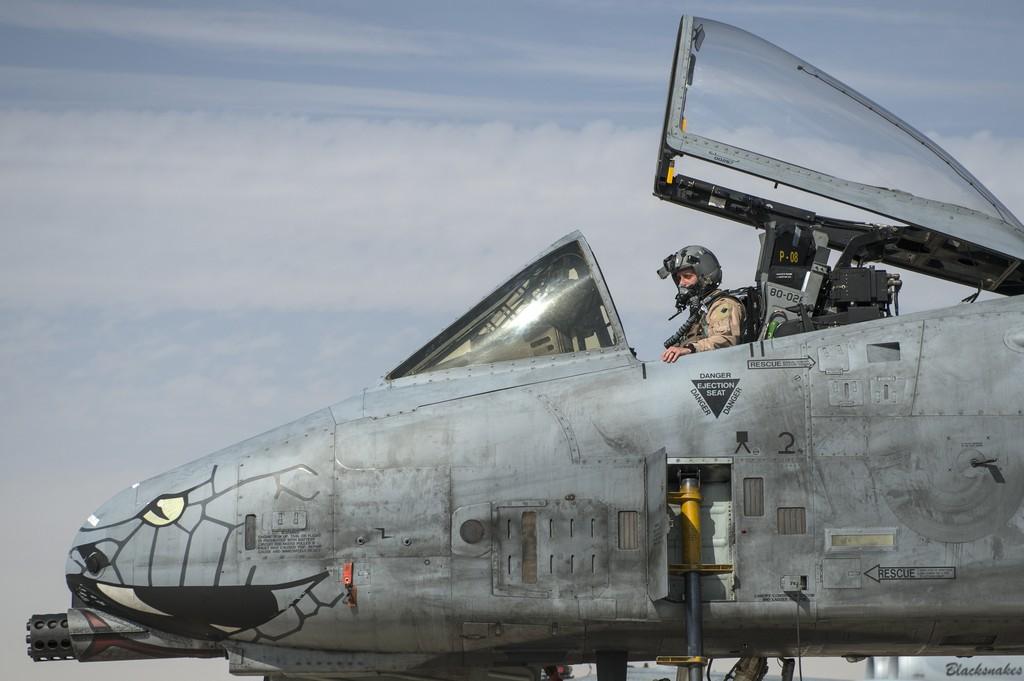 A-10_Kuwait_2.jpg