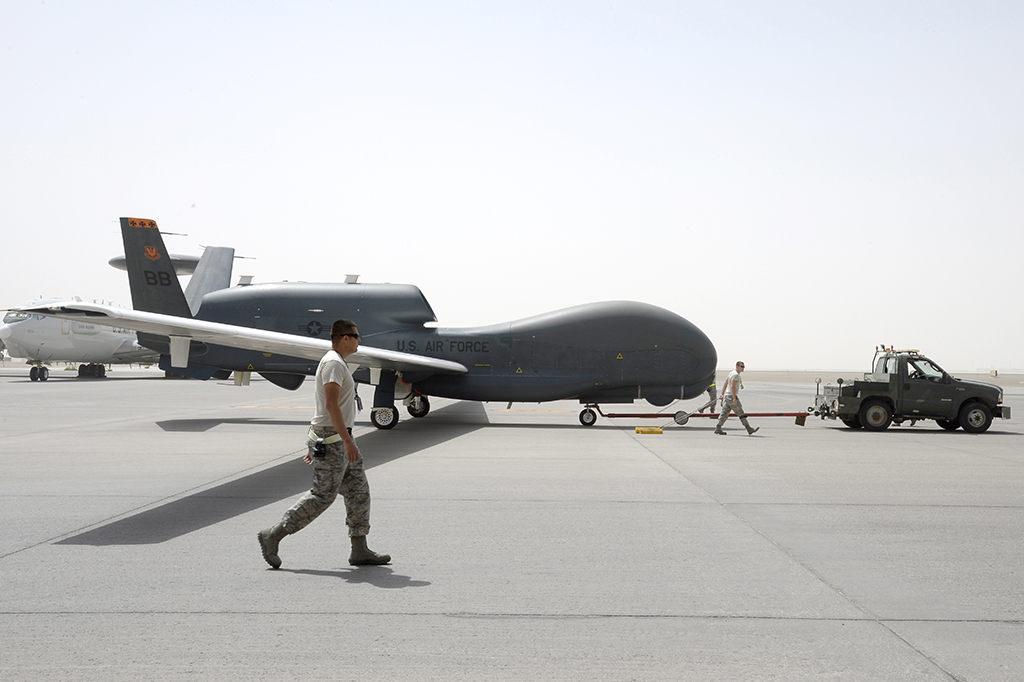 drone global hawk with Eq 4 Op Inherent Resolve on Ethic Apex Custom Stunt Scooter in addition Utc Aerospace Systems Global Hawk furthermore Fuerzas Militares Del Mundo 5575 additionally Globalhawk together with Default.