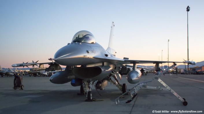 RF F-16