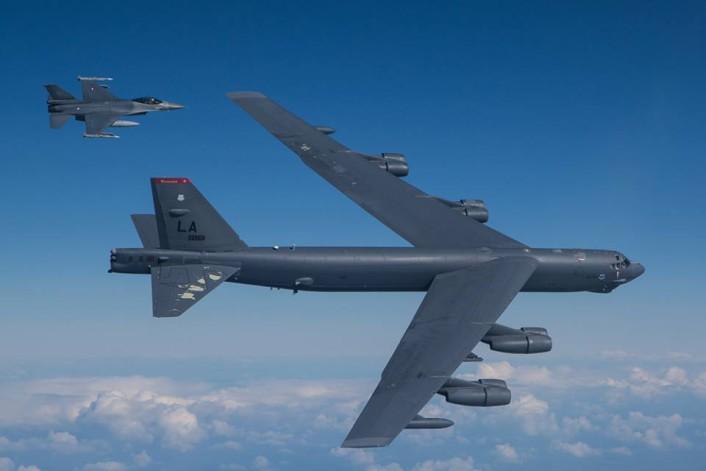 RNlAF F-16 intercept B-52 4