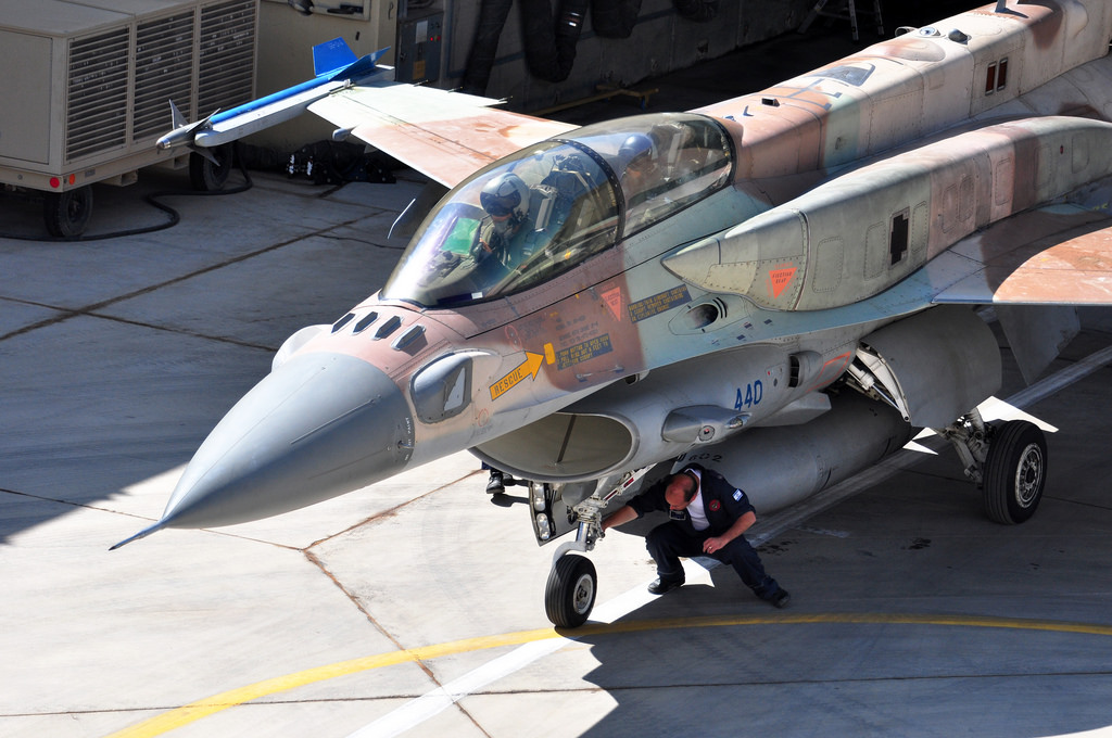 F-16I-out-of-shelter.jpg