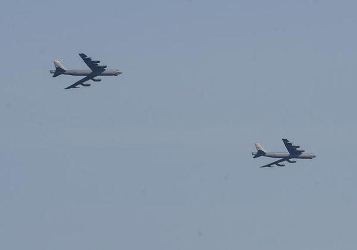 B-52 mine-laying