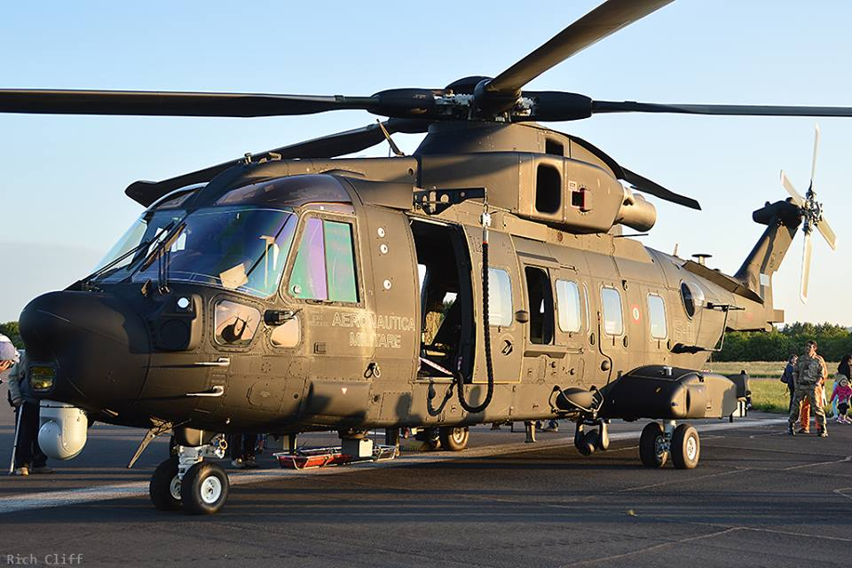 helicopter refueling system with Up Close And Personal Hh101a on 100 Bbl Uscg Approved Marine Portable Tank Mpt together with Deadly Boeing Ch 47 Chinook additionally Mi26T2 also Encounter Kashmiri Muslim Loved India as well Osprey Refuelling Capability By 2019.