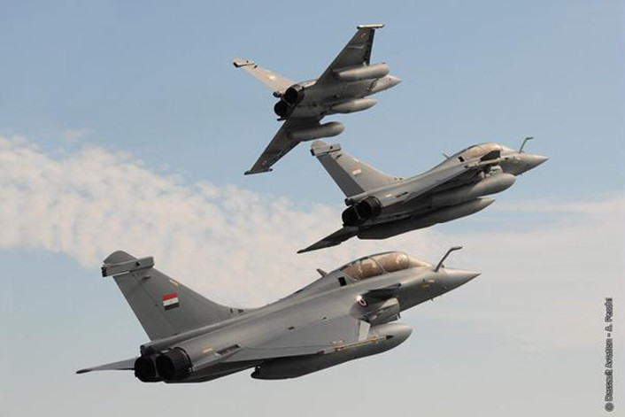 Egyptian Rafale breaking