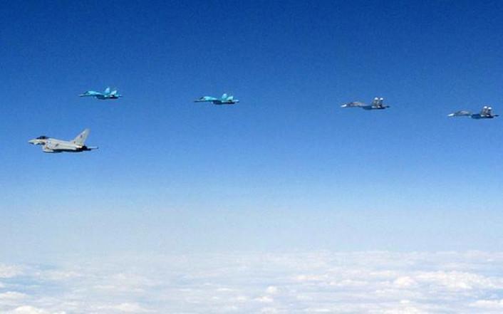 [Imagen: Su-34s-Jul.-24-706x441.jpg]