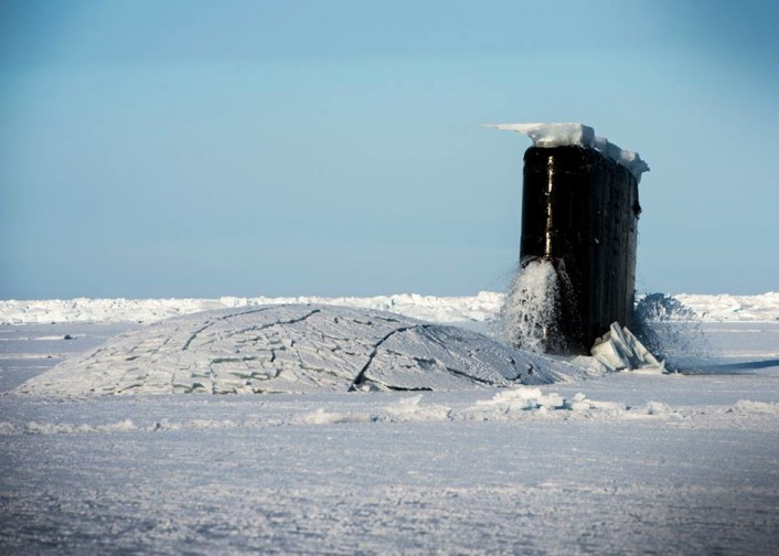 US Submarine emerges at the North Pole