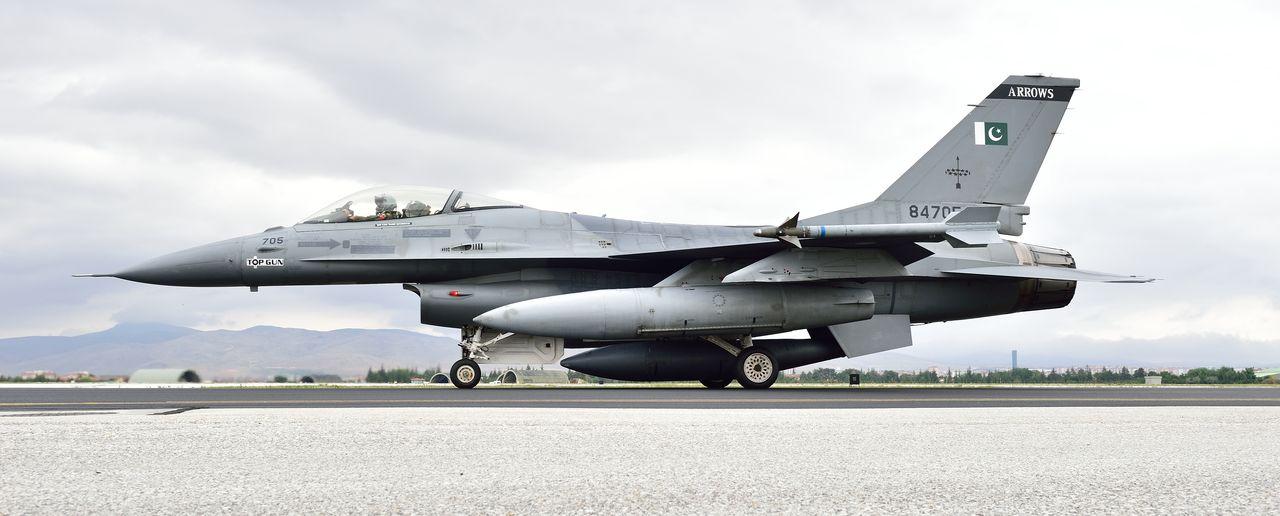 the aviationist  u00bb turkish air force black clipart boat jpeg black clipart boat jpeg