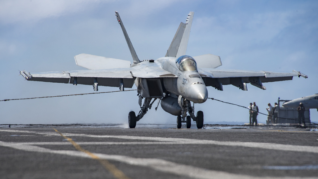In This October 17 2016 Photo Us Navy S F 18 Aircraft Lands