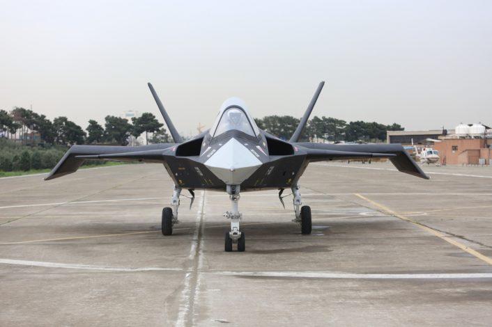 ايران تجري تجارب على الطائره  Qaher-313 تحضيرا لطيرانها التجريبي الاول  F-313-new-tests-2-706x470