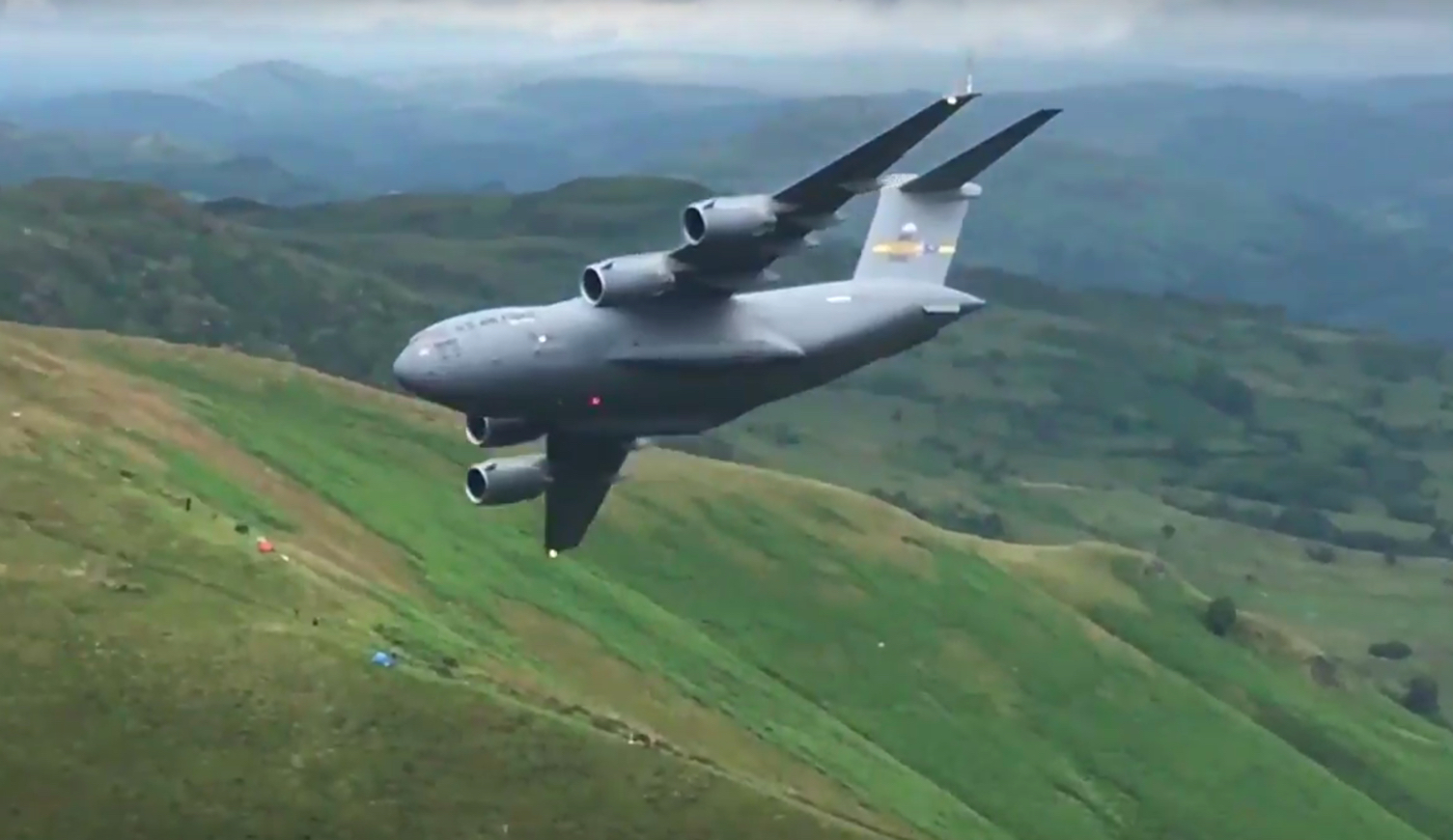 The Aviationist 187 This Cool Video Shows A U S C 17