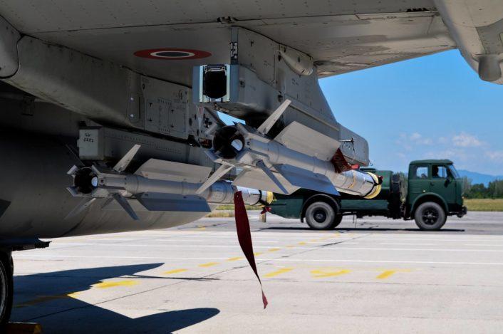 يوروفايتر تايفون ..... افضل ما بناه الاروبيين في العقد الاخير  IRIS-T-Typhoon-706x469
