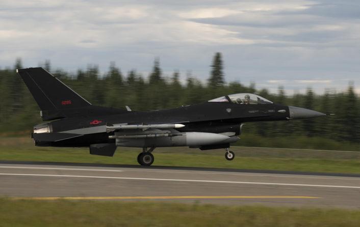 F-16-Black-top-706x446.jpg