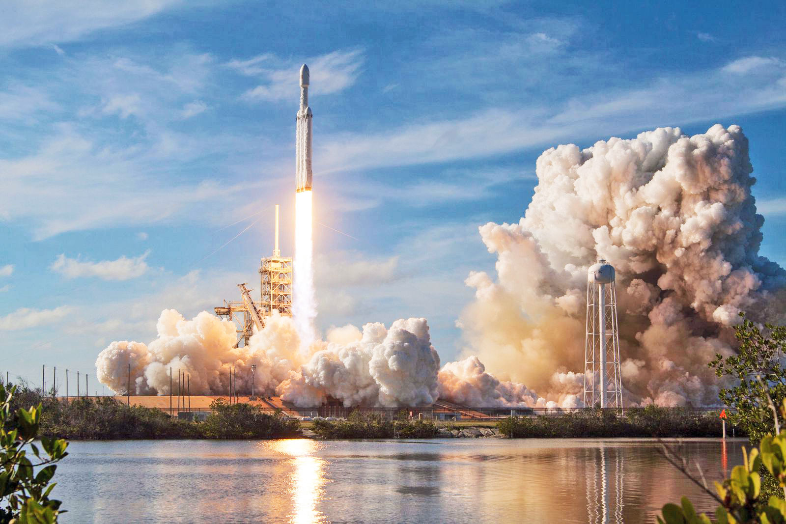 The Aviationist  U00bb Falcon Heavy Is Not Only A Revolution In