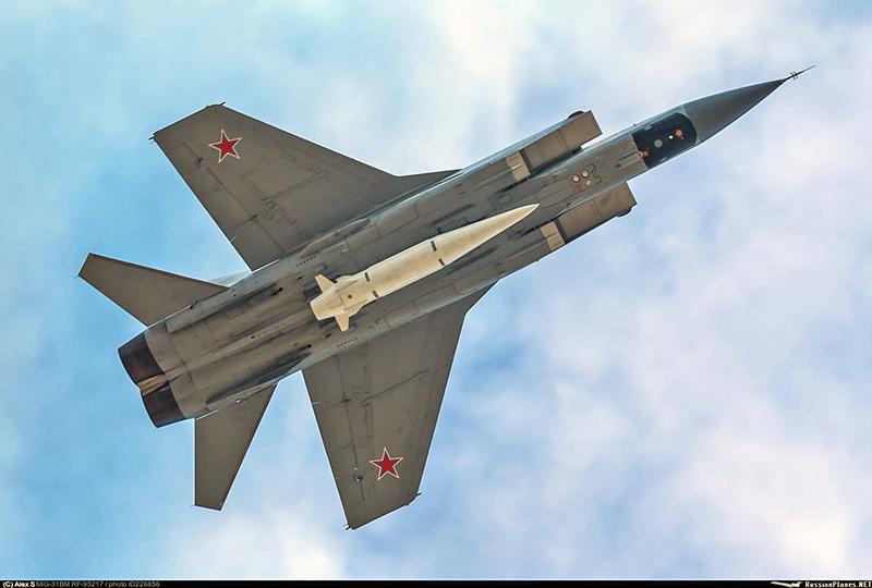 دعونا نعلم متى سيبتعد الضباط الروس عن إس 300 السورية Kinzhal_10